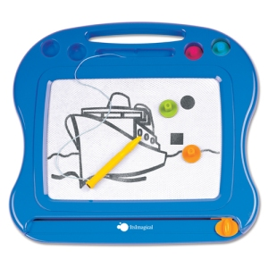 16 ay bebek için vazgeçilmez oyuncak: Mıknatıslı yazı tahtası